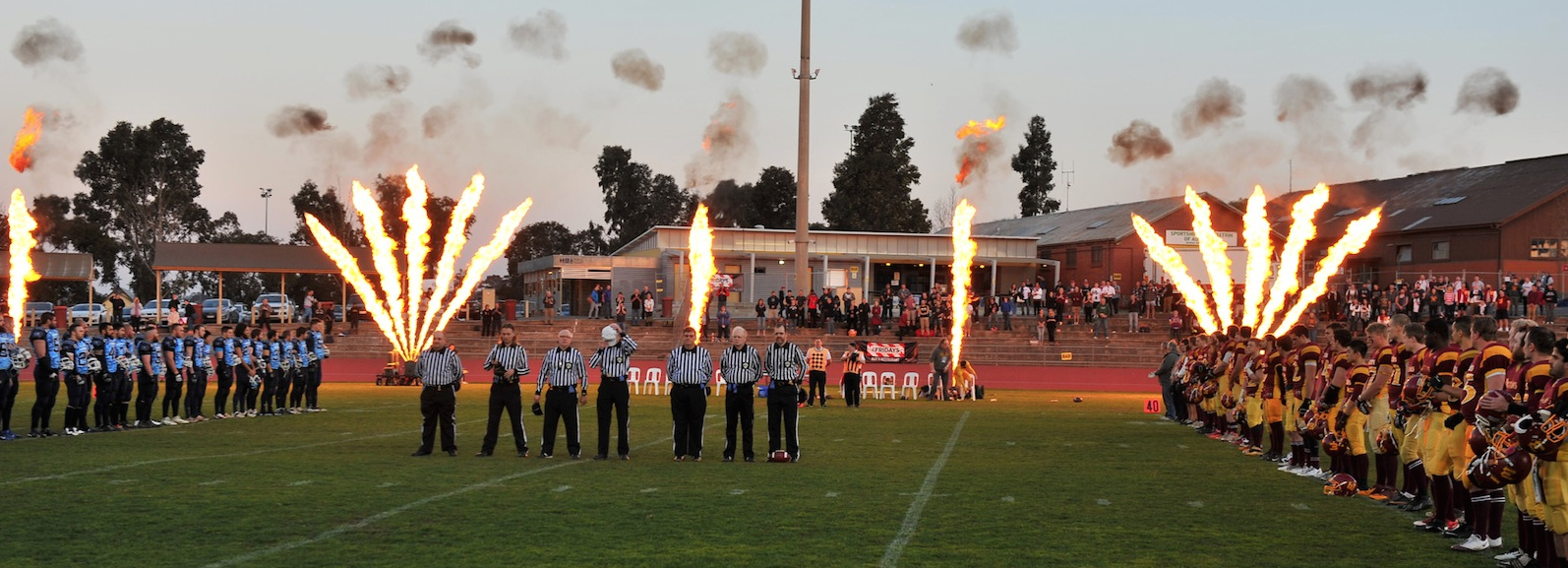 Warriors & Buccaneers line up for the National Anthem (Photo courtesy of barendphotos.com)